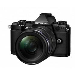 Digitalni fotoaparat OLYMPUS  OM-D E-M5 II 12-40mm 1:2.8 črn (V207041BE000)